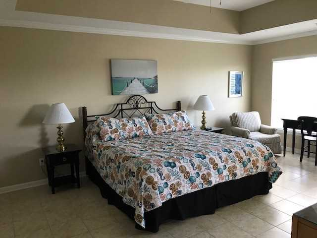 Large Master Suite w/King bed