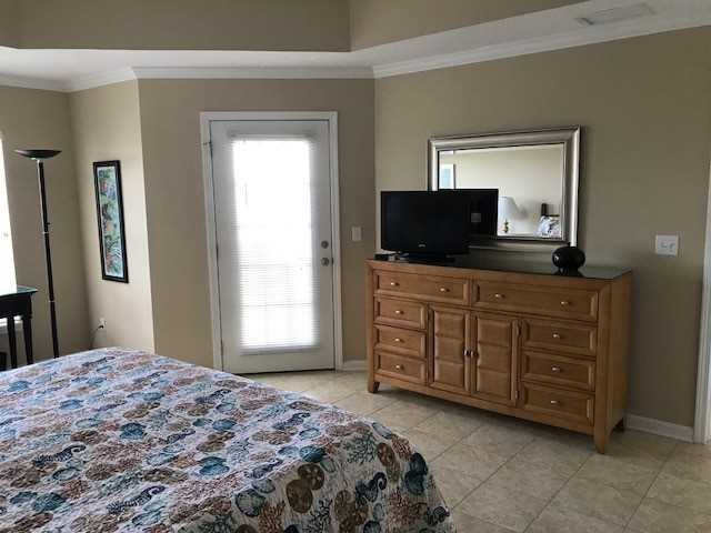 Master Suite w/Flat Screen TV