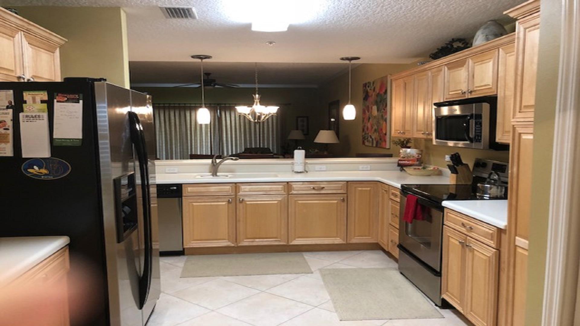 Large fully furnished Kitchen