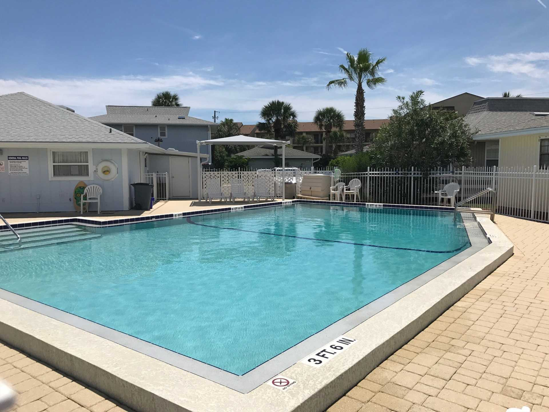 Community Fenced Pool & Sundeck
